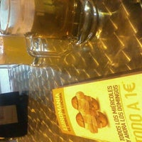 Photo taken at 100 Montaditos by Claudia L. on 10/8/2012