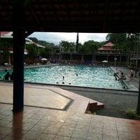 Photo taken at Lembah Dieng Swimming Pool by Putri A. on 9/11/2016