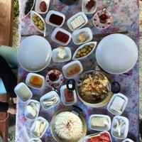 9/25/2015 tarihinde Gizem E.ziyaretçi tarafından Cemil Piknik - Meşhur Abant Kahvaltıcısı'de çekilen fotoğraf