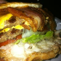 Photo taken at P&G Super Burger by Junior R. on 6/8/2013