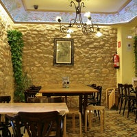 รูปภาพถ่ายที่ Cafeteria 1900 โดย Jorge F. เมื่อ 11/19/2013