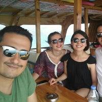 Photo taken at Gökovalı 6 Gezi Teknesi by Merve T. on 6/25/2016