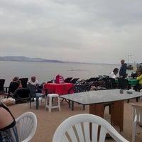 Photo taken at Kınalıada Sıtkı Waffle by Ömer C. on 9/21/2014