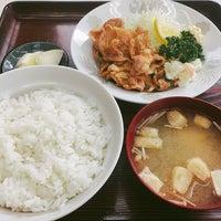 Photo taken at 桝屋食堂 by takeda shingo on 4/14/2018