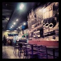 2/17/2014 tarihinde Tahir G.ziyaretçi tarafından Starbucks'de çekilen fotoğraf