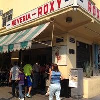 Photo prise au Nevería Roxy par America S. le4/21/2013