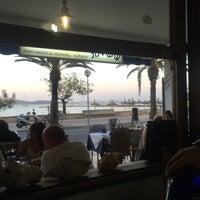 Foto tomada en Restaurante Simbad por Colleen C. el 5/9/2015