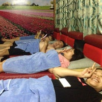 Photo taken at foot massage by Xi Muoi on 10/1/2016
