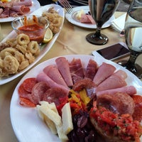 Photo taken at Colosseo Ristorante & Bar Italiano by Michelle H. on 9/28/2014