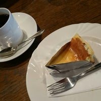Photo taken at La cour cafe by Kazuo I. on 10/12/2014