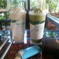 Photo taken at Cafe Amazon | PTT หนองหาน by Dawisiya R. on 4/4/2015