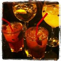 Foto tomada en Lob's Café - Minigolf por Nini el 8/6/2013