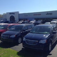 Photo taken at Uftring Chrysler Dodge Jeep Ram by Uftring Auto Group on 9/2/2014