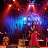 Foto scattata a House of Blues San Diego da wonderpiece il 3/25/2012