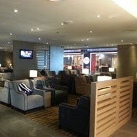 Photo taken at Plaza Premium Lounge, Domestic by Dee K. on 5/20/2013