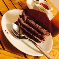 Photo taken at Glen's Bakehouse by Deepika B. on 8/30/2014