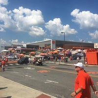 Photo taken at Clemson Tiger Walk by Shannon L. on 9/23/2017