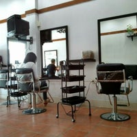 Photo taken at Boom hair salon by Mee A. on 7/23/2014