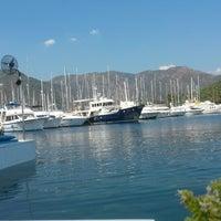 Photo taken at Bora Bora Beach club yalancı boğaz by Ozge K. on 7/30/2014