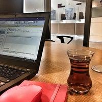 Photo taken at Yapı Kredi Bankası by Özlem on 4/17/2018