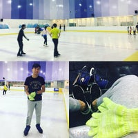 Photo taken at Kallang Ice World by Huaimin ⚽ S. on 10/14/2016