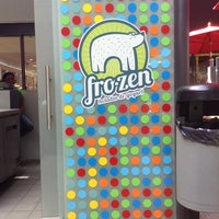 Photo taken at Yummy Frozen Yogurt by Paao P. on 3/6/2014