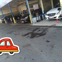 Photo taken at Speedy auto service and Whas+wax by Hasan B. on 8/29/2015