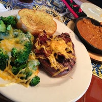 Photo taken at Chili's Grill & Bar by WhoJedi on 1/7/2013