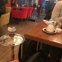 2/27/2018 tarihinde Bon bon .ziyaretçi tarafından Rose Cafe & Nargile'de çekilen fotoğraf
