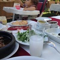 7/2/2013 tarihinde Ulas B.ziyaretçi tarafından Akan Restaurant'de çekilen fotoğraf