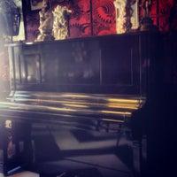 4/24/2013에 Michael T.님이 Madame Zuzu's Tea House에서 찍은 사진