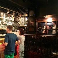 Снимок сделан в Edward's Pub пользователем Anna M. 7/29/2013