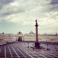 Снимок сделан в Дворцовая площадь пользователем Ksenia I. 6/6/2013