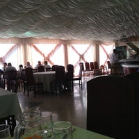 Photo taken at Restaurante Dom Abade by Luis V. on 9/8/2013