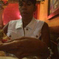 Foto tomada en La Parrilla Mexican Restaurant por Keith B. el 7/11/2014