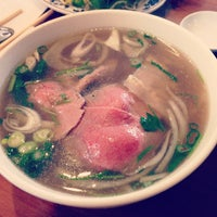 Photo taken at Phở Huỹnh Hiệp 2 - Kevin & Chris's Noodle House by lunani on 4/8/2013