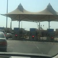 Photo taken at منفذ هيلي الحدودي Hili Border Port by Mel on 8/18/2017