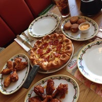 Photo taken at The Pizza Company | Nongkhai by Promporn P. on 10/27/2014
