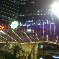 Photo prise au Kota Kasablanka par tiniayu le5/15/2013