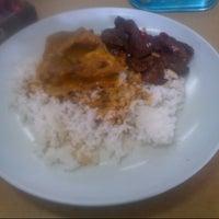 Photo taken at Yusuf Islamic Cafe by ebby_kiprawi on 9/29/2012