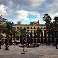 Foto tomada en Plaza Real por Mikhail B. el 10/8/2013