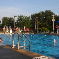 Photo taken at Canal Winchester Municipal Pool by Brent O. on 6/30/2014