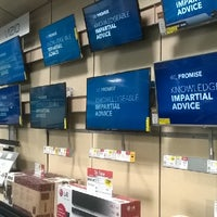 Photo taken at Best Buy by Heeyougow F. on 8/22/2014