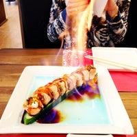 Foto tomada en Soto Asian Cuisine por Michèle F. el 5/20/2014