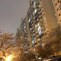Photo taken at 압구정 현대아파트 우체국 by JK J. on 4/1/2018
