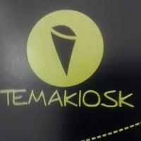 Photo taken at Temakiosk by Rafael T. on 2/19/2014