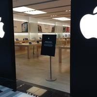 Photo taken at Apple by Shakhruz A. on 1/31/2013