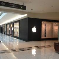 Photo taken at Apple by Shakhruz A. on 1/29/2013