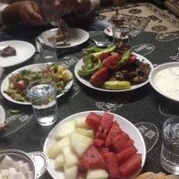 Photo taken at Hamamderesi Et ve Balık Lokantası by Emin Güney Ehlikeyf Cafe on 8/16/2014