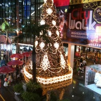 Photo taken at The Mall Ngamwongwan by Lilly v. on 11/26/2012